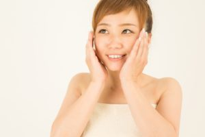 □□夏の肌を守り・ツヤ肌へ!!フェイシャル体験□□